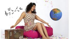 Maya_Zingt_de_wereld_rond_met_wereld_-_foto_Gillian_Jones-272x153.jpg