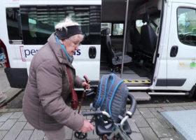 Boodschappenplusbus-is-het-goede-doel.mpg.00_00_40_16.Still001-e1543583787941-280x200.jpg