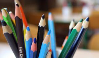 crayons-2847726_960_720-320x190.jpg