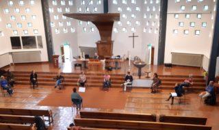 Kruiskerk-koorrepetitie-coronaproof-c-Wim-van-Groenewoud-scaled-320x190.jpg