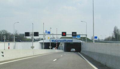 Waterwolftunnel3b-FlickrCC-European-Roads-400x232.jpg